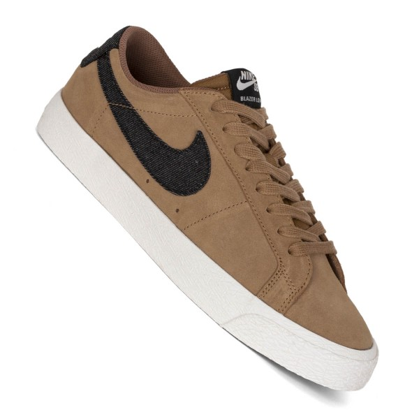 Nike SB Zoom Blazer Low Sneaker golden beige