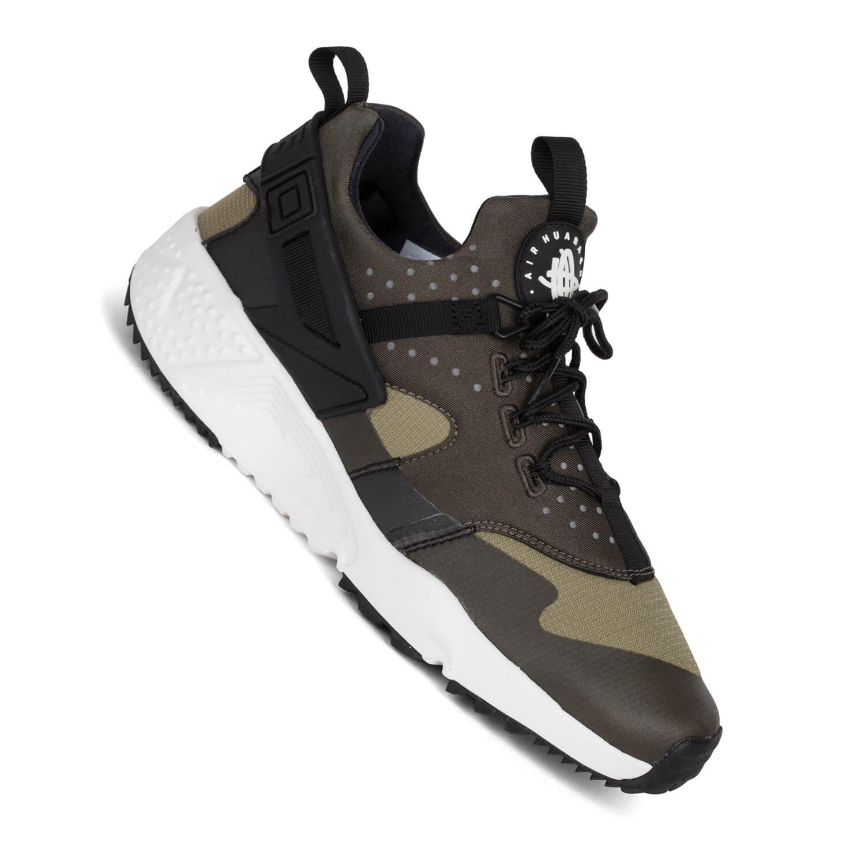 bis zu 50% Rabatt Frauen Schuhe Nike Air Huarache Utility